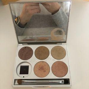 Stila 6 Pan Eyeshadow Palette